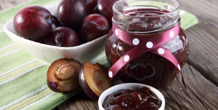 homemade plum jam HOMEMADE PLUM JAM 20150918125119 326259