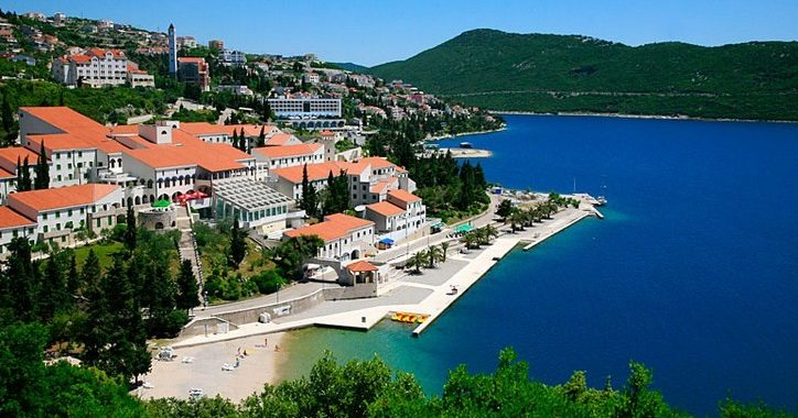 neum Sea side? Why not… neum